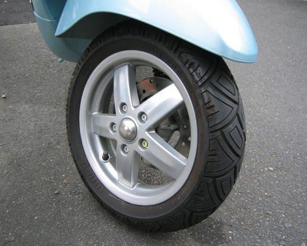 Lốp Pirelli 120/70-10 SL38 UNICO