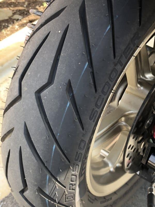 lop-Pirelli-130-70-12-Diablo-Rosso-2