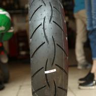 Lốp metzeler sportec street 150 cho Honda CBR
