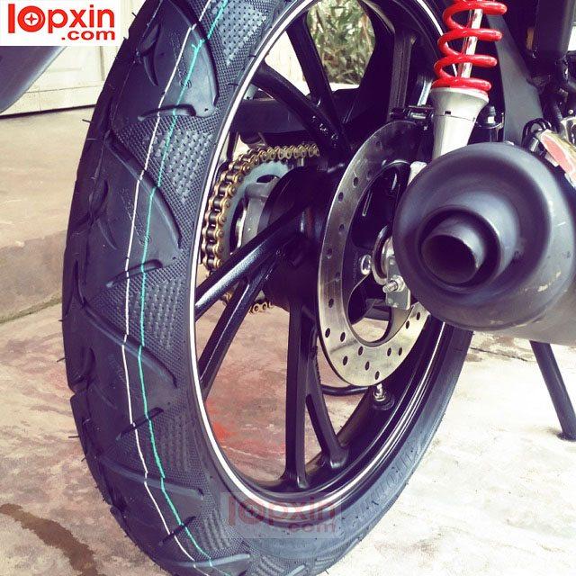 Lốp xe Exciter 150 mạnh mẽ, thể thao, bám đường tốt