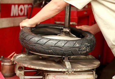 Xe máy đi bao nhiêu km thì thay lốp và cách kiểm tra lốp xe máy
